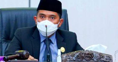 Lapak Sementara Andi Faizal Sofyan Hasdam DPRD Bontang Kaltim Pasar Lok Tuan
