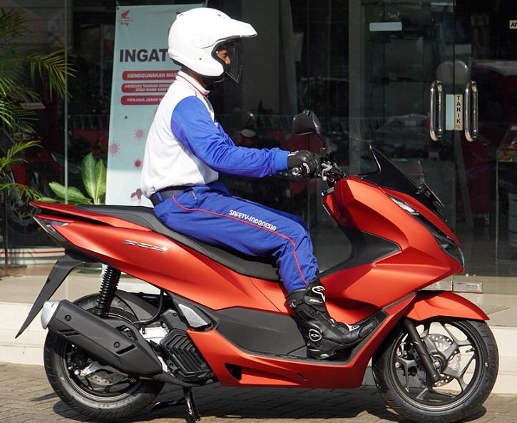 Ngegas Honda PCX Habar Kaltim.co.id