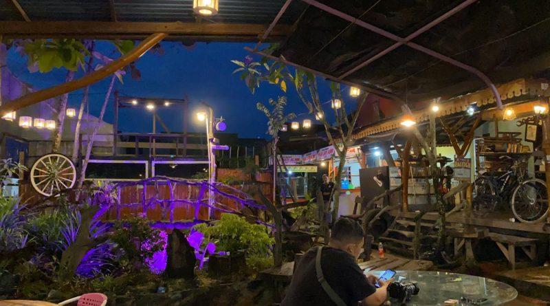 Cafe Puja Jati Alam Bontang Kaltim