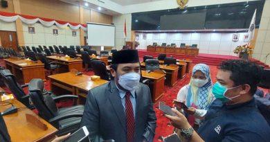 Wakil Ketua DPRD Bontang Basri Rase-Najirah Agus Haris Bontang