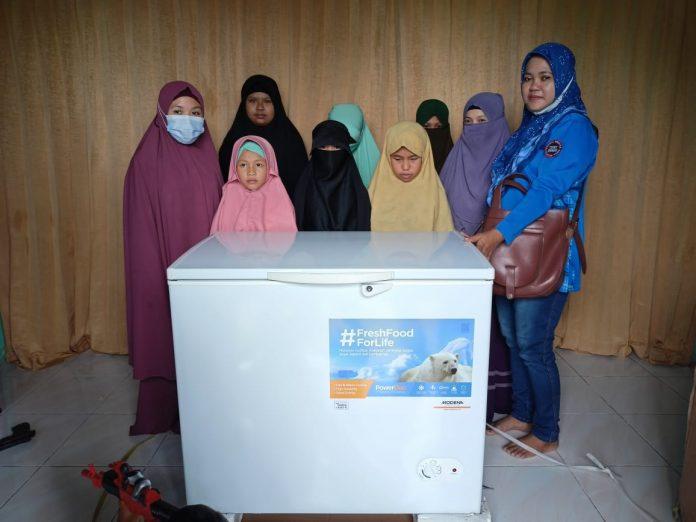 Yayasan Mansyur Tuah Rumah Tahfiz Qur'an Abdurahman bin Auf Sidik Freezer